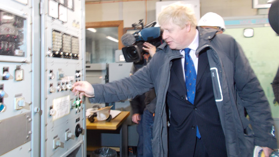 Boris Johnson powers up emergency back up supply of electricity for the London Underground at Greenwich Power Station. Image: Taryn Nixon / ELN